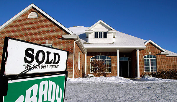 April home sales dip slightly: Median price also down; foreclosures cited