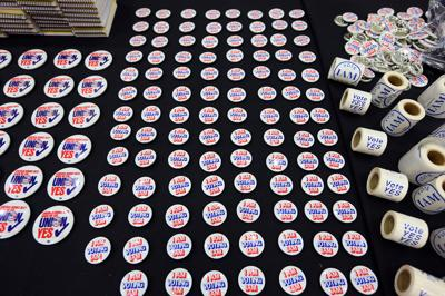 buttons stickers IAM