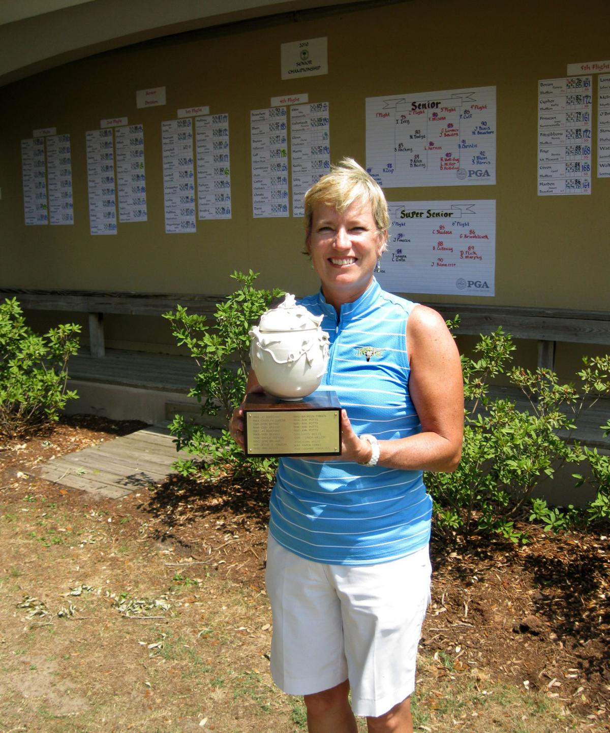 Defending champion Lea Anne Brown leads by 1 in WSCGA Senior Championship