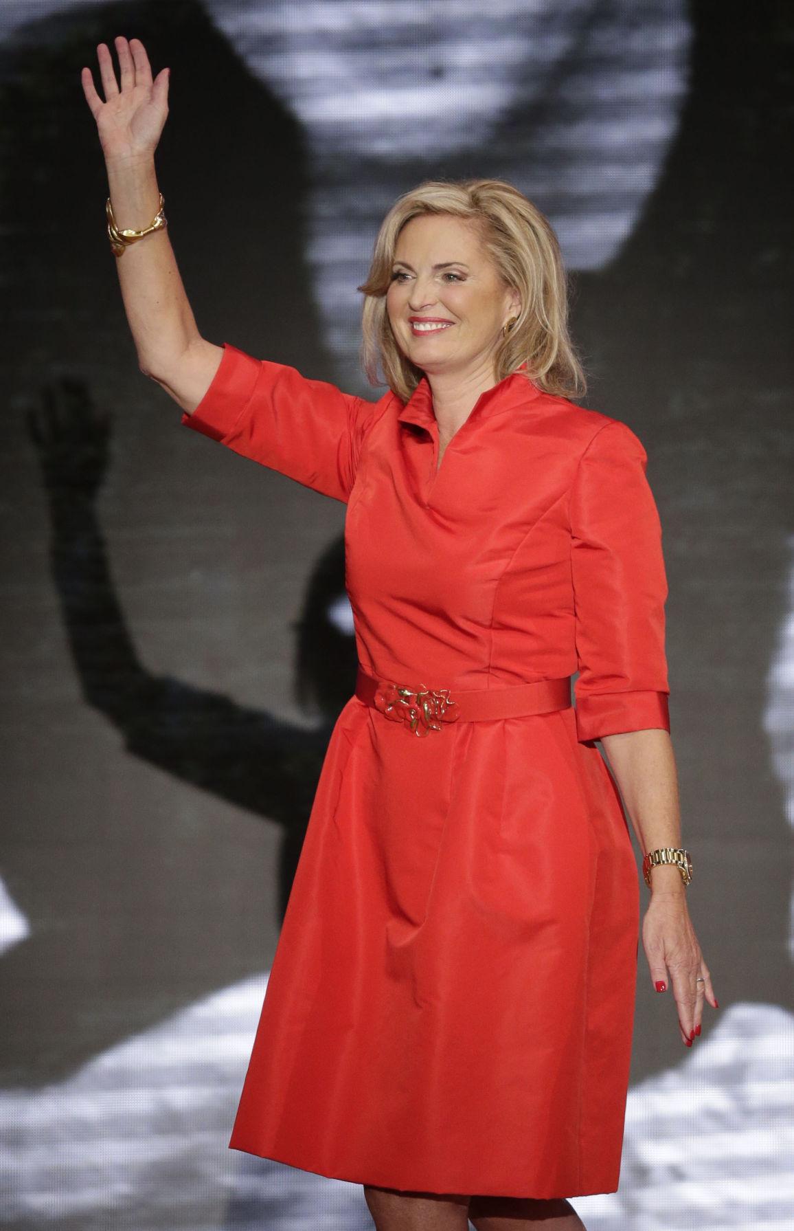 Top fashion designers dress political spouses