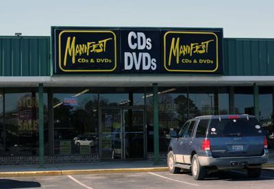 Manifest Columbia closing