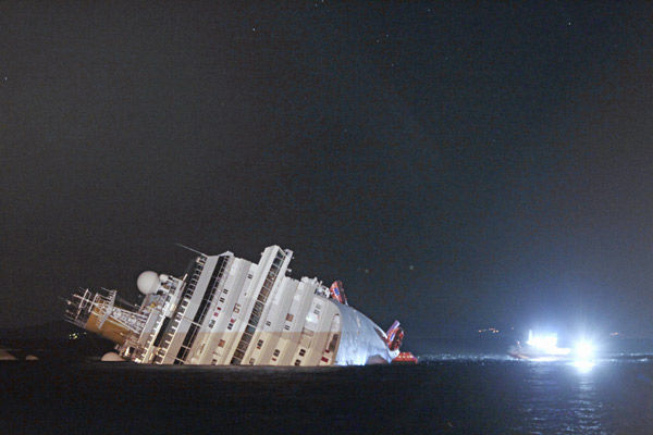 Cruise liner runs aground off Italy coast