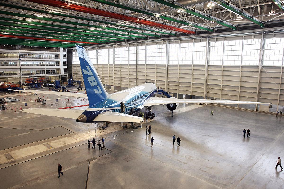 Boeing now making seven 787s per month; Gov. Haley visiting North Charleston plant tomorrow