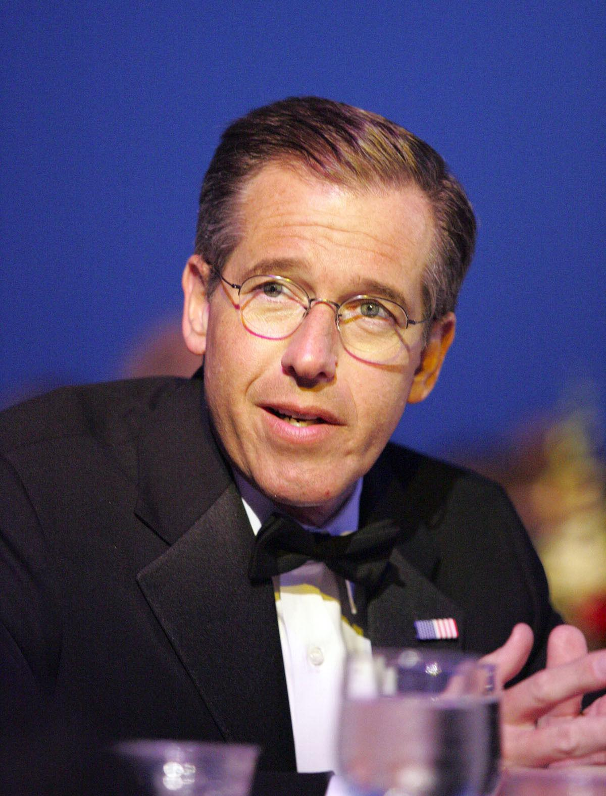 Brian Williams resigns from Medal of Honor foundation