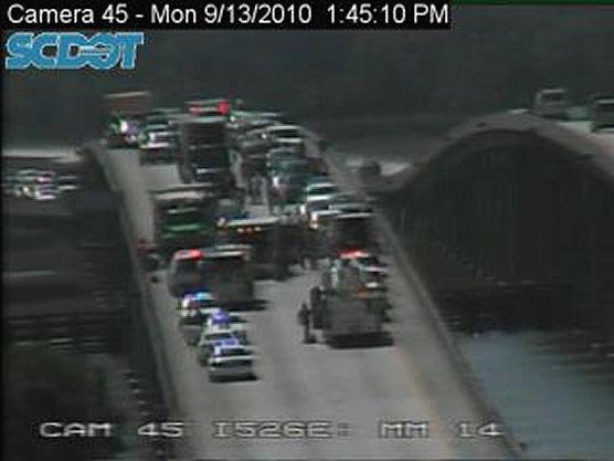 Westmoreland Bridge wreck halts eastbound traffic