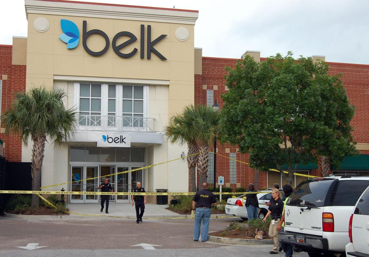 Worker fatally stabbed at Towne Centre