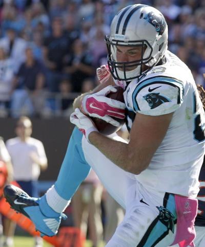 Carolina tight end Greg Olsen suffered a bone fracture in his foot during  the Panthers  victory over Buffalo on Sunday. 30d10478a