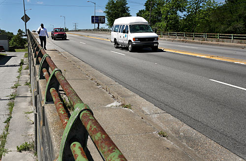 Replacing Cosgrove Avenue overpass
