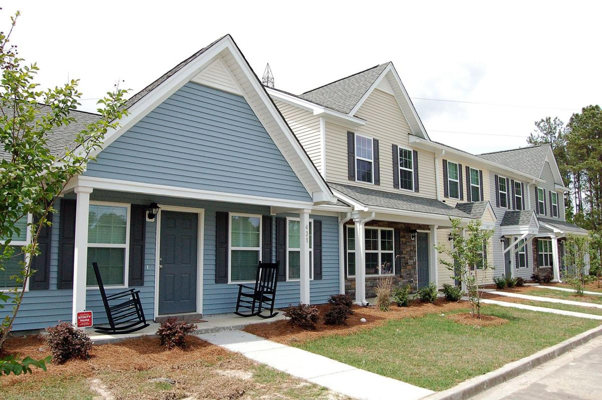 Southwind Homes launches first of 200 townhome units at Lakeview Commons, a Goose Creek village that stalled when the prior builder split