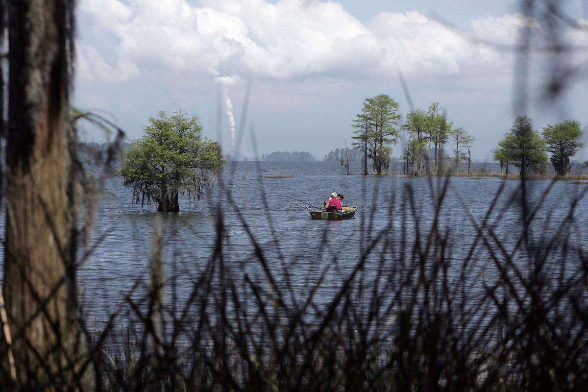 After boat sinks, men hold phone above water, get rescued from Lake Moultrie (copy)