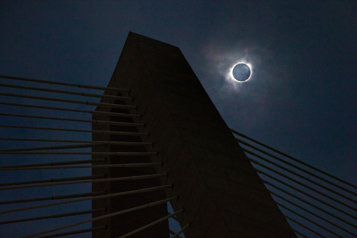 solar eclipse bridge consensus rgb.jpg