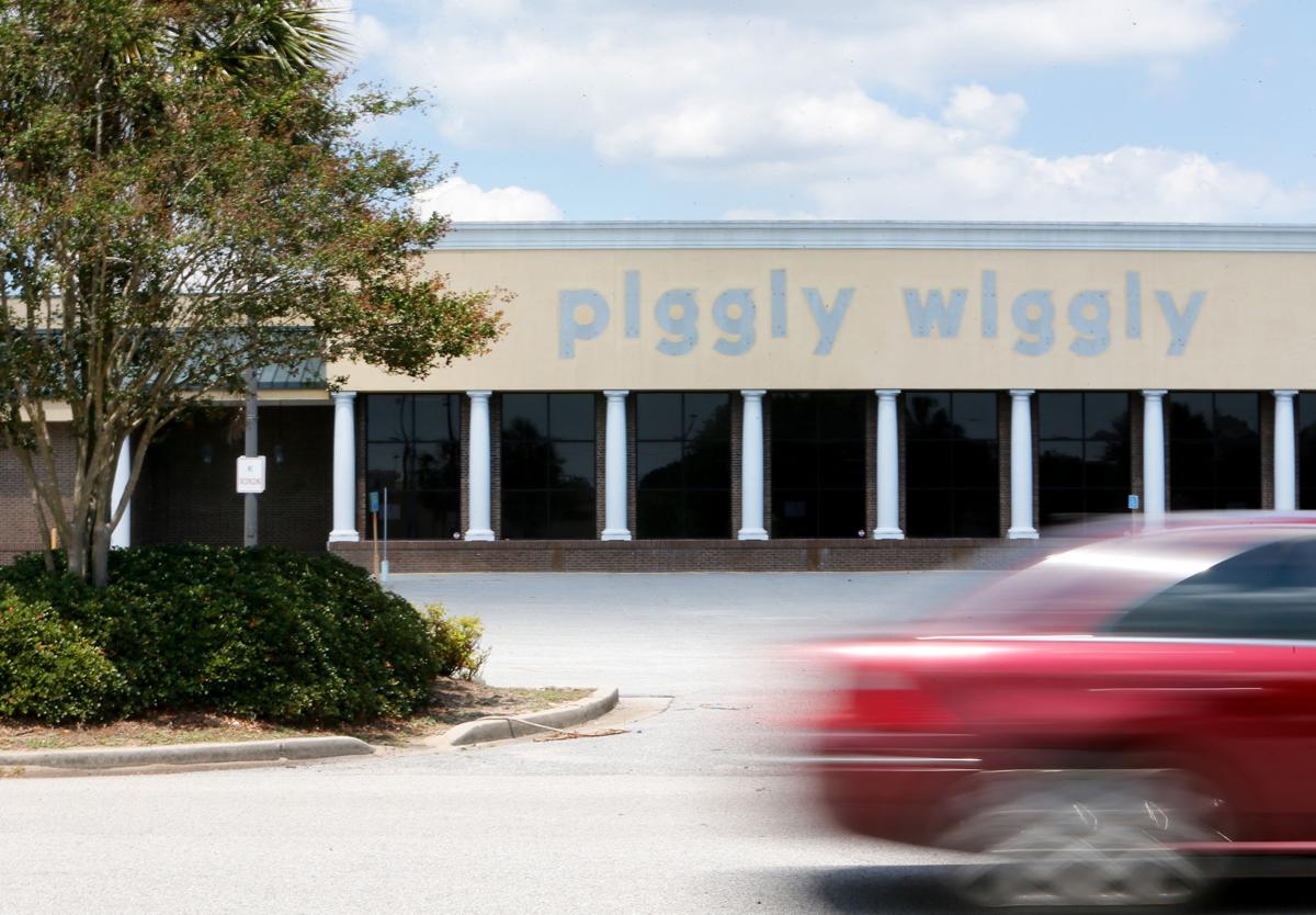 former piggly wiggly .jpg