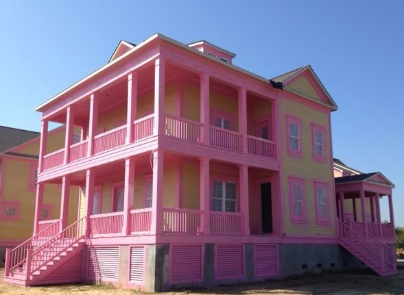Real Estate News — Builder frames pink houses for breast cancer awareness; Charleston lease rates steady