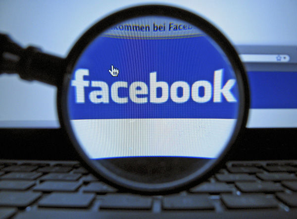 Business Briefs: Facebook to settle with FTC in deception probe
