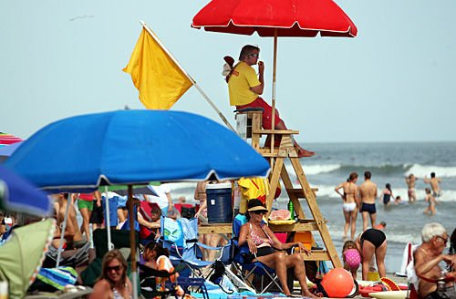 Lifeguards still hard at work protecting Labor Day weekend beachgoers