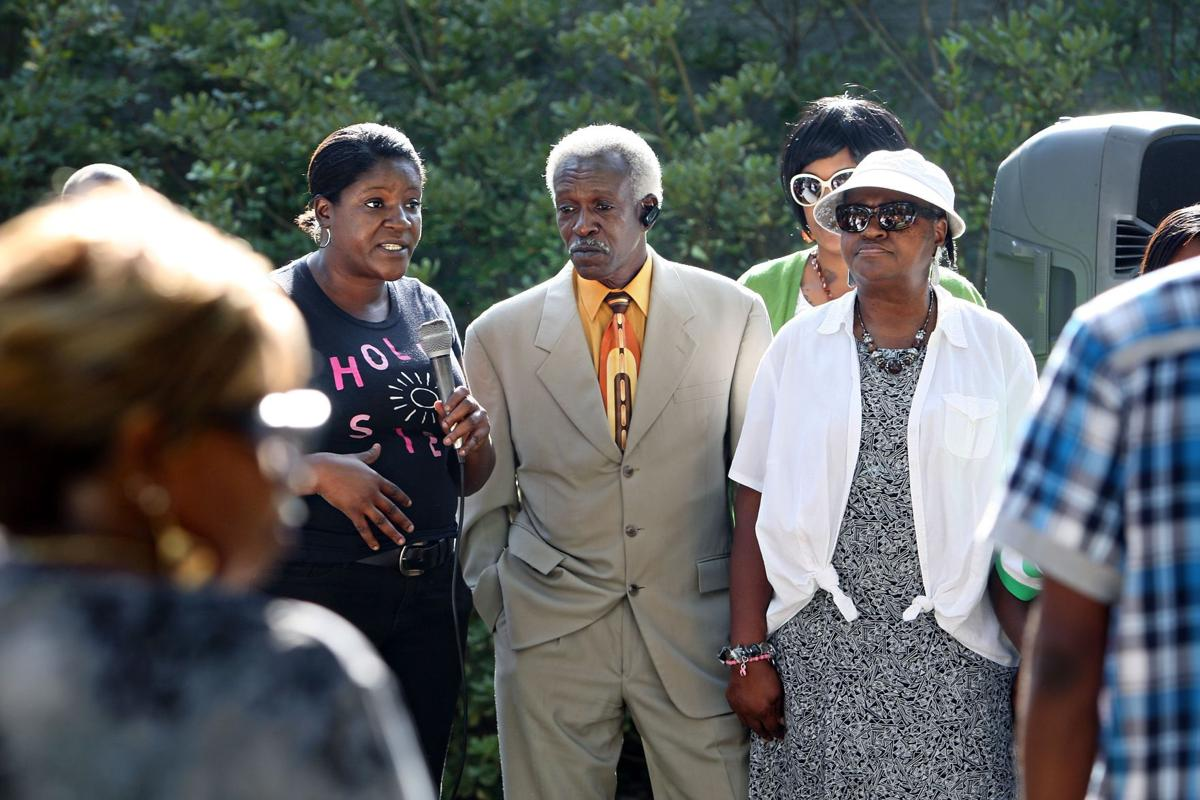 Summerville families who lost loved ones to guns urge change