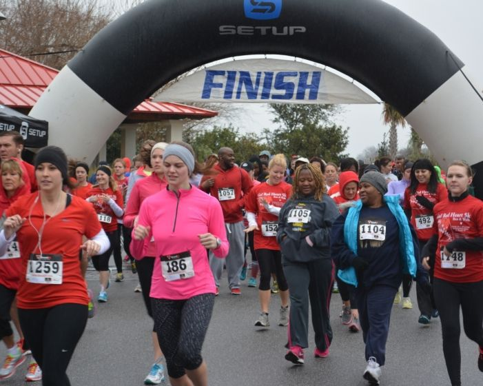 Go Red 5k raises awareness about heart disease and women