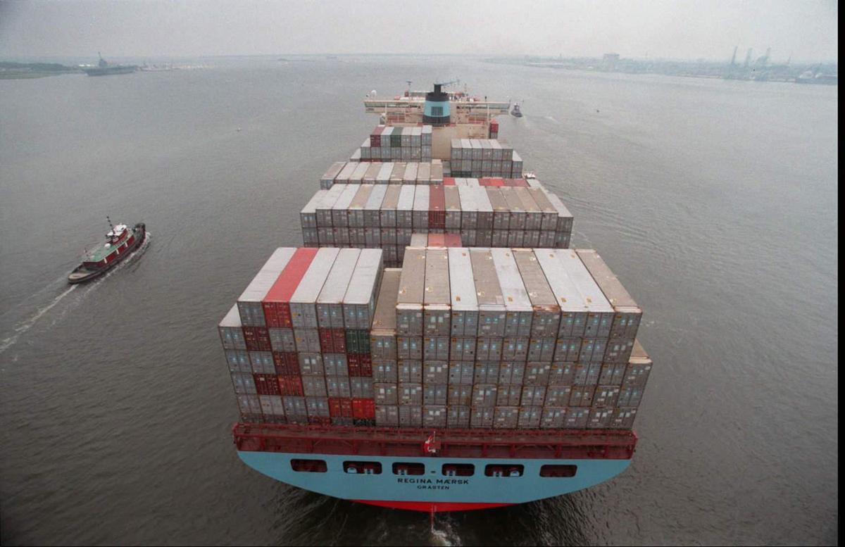 Maersk Line orders another 11 huge container ships