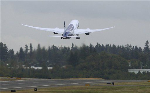 ANA flies away to Japan with first Boeing 787