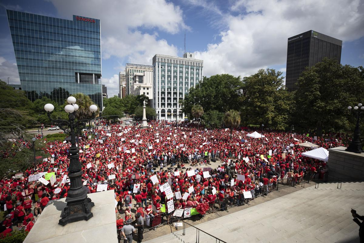 Teacher Protest Crowd.JPG (copy)