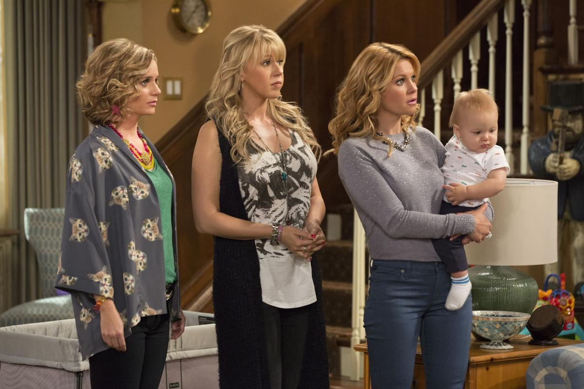 'Fuller House' may please fans (but no one else)