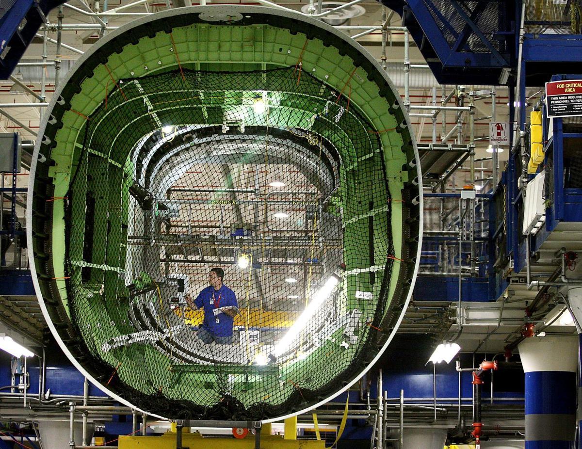Praising Boeing Top aircraft exec bullish on N. Charleston plant