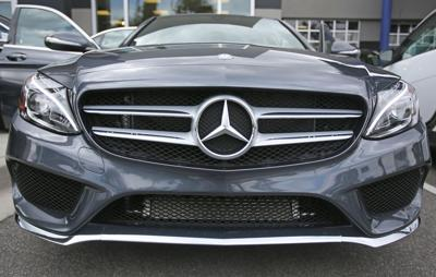Mercedes-Benz dealers donate $100,000 to scholarship for church shooting victims' families