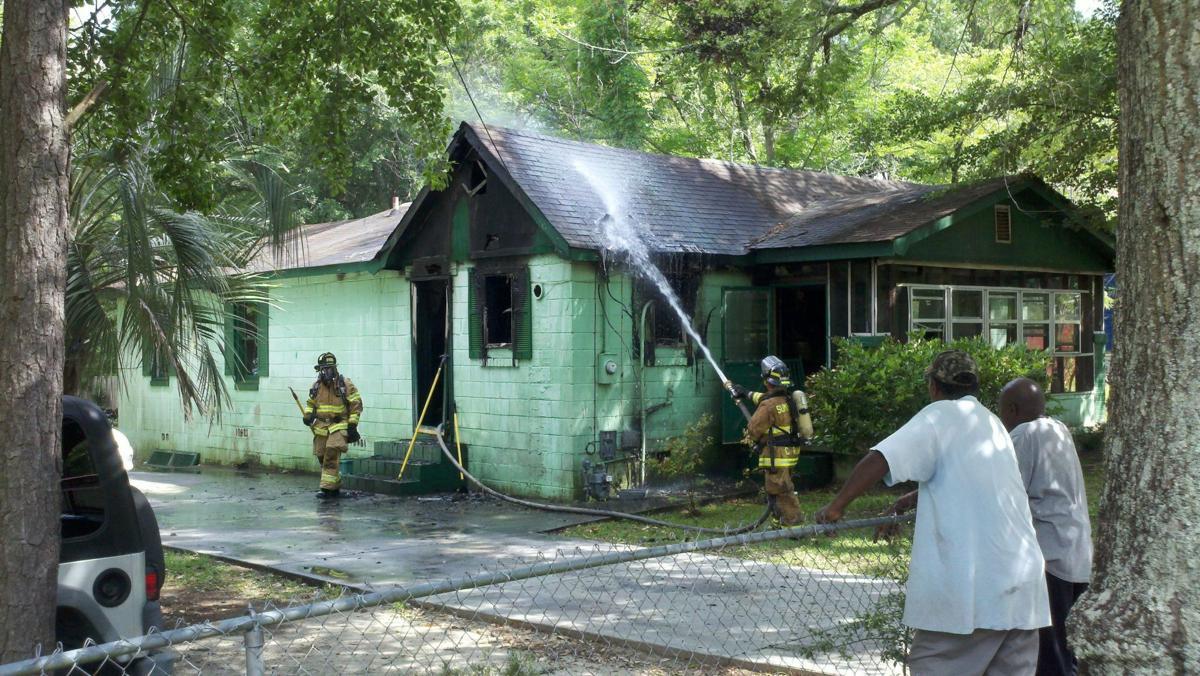 Fire damages Summerville home