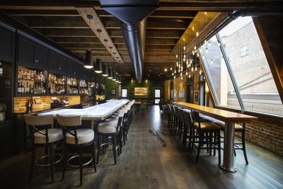 Bar at Hamptons