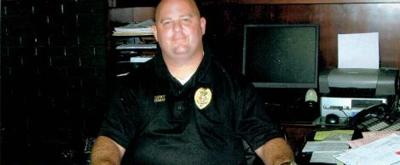 He was a revered South Carolina police chief. Then he robbed a bank.