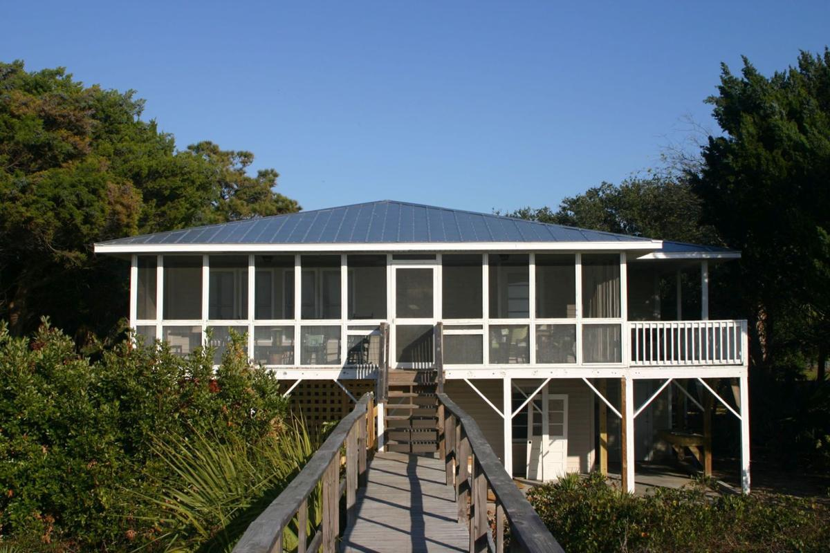 Active Edisto Quiet island and beach gradually rediscovered by buyers drawn to pristine lands, value prices