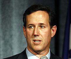 Santorum warns of events in Egypt