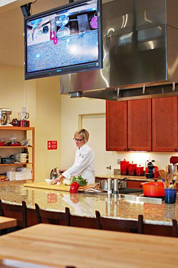 Store adds cooking classes in expansion