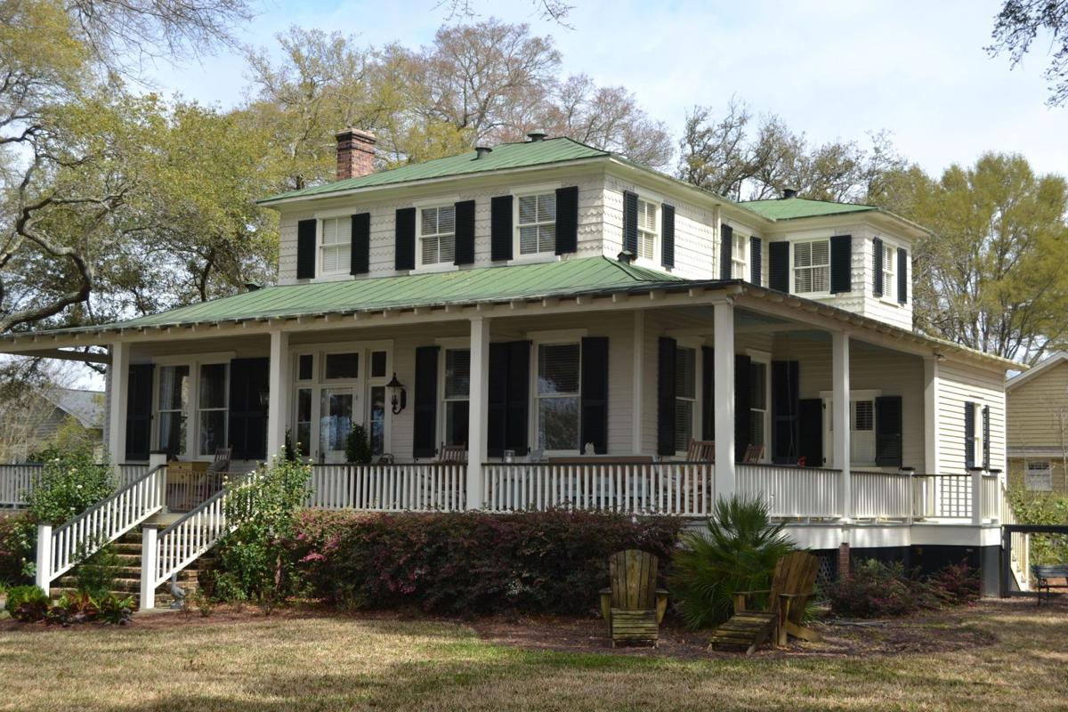 Homes tour, auction to benefit Red Cross