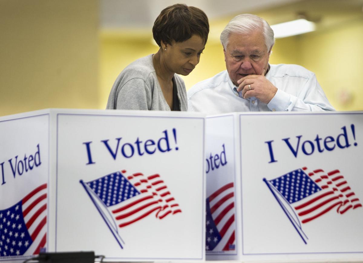 Keith Summey voting.JPG (copy)