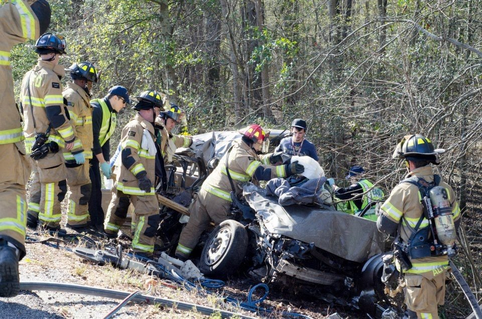 One dead, infant and toddler injured, in alleged DUI wreck on I-26 this morning