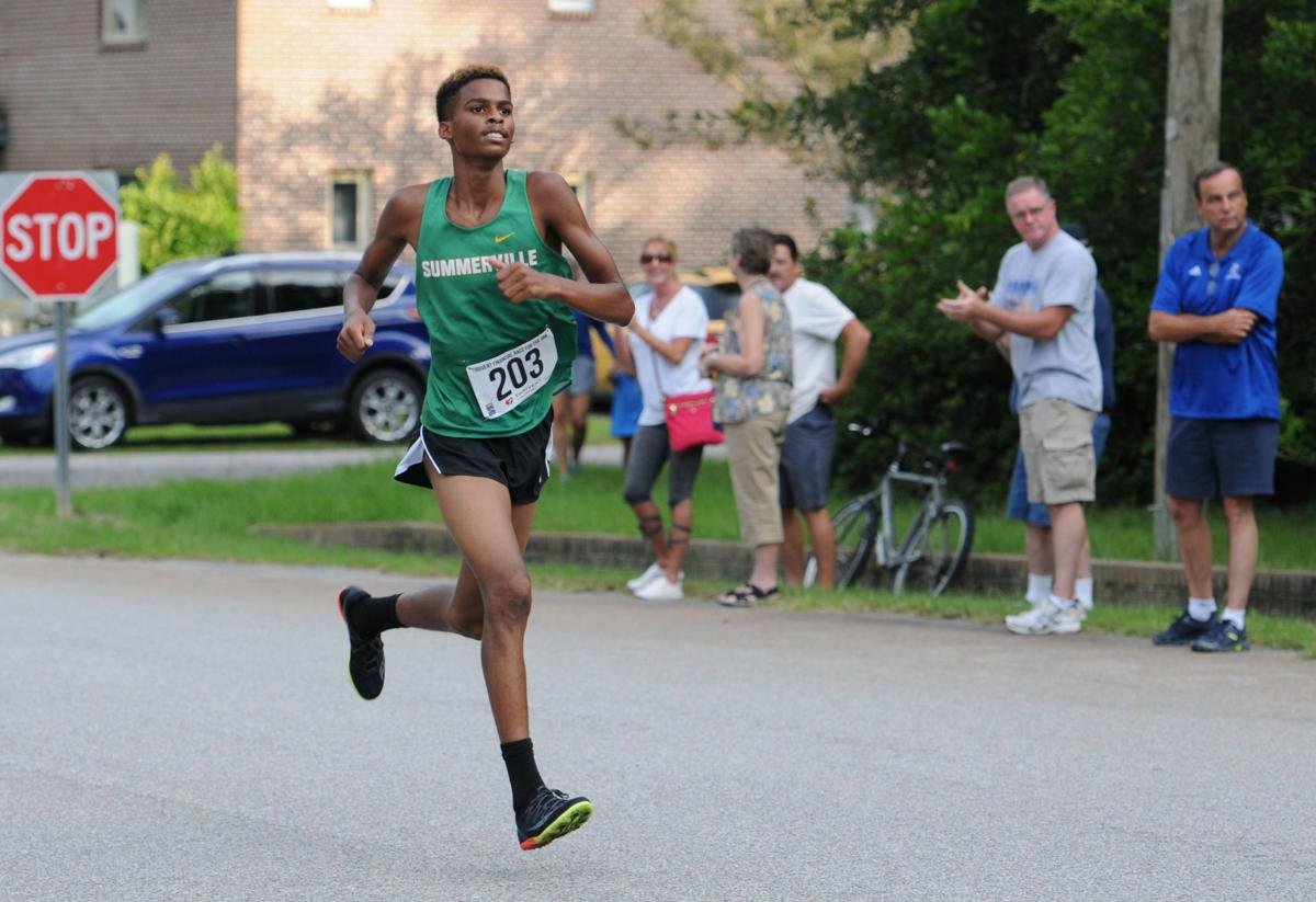 Green Wave runner takes top honors at Race for The Ark
