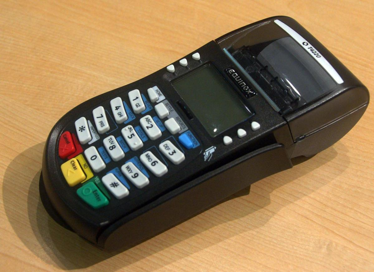 Reducing fraud the goal as retailers scramble to install new card readers