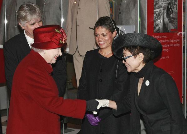Queen in Liverpool, meets Yoko