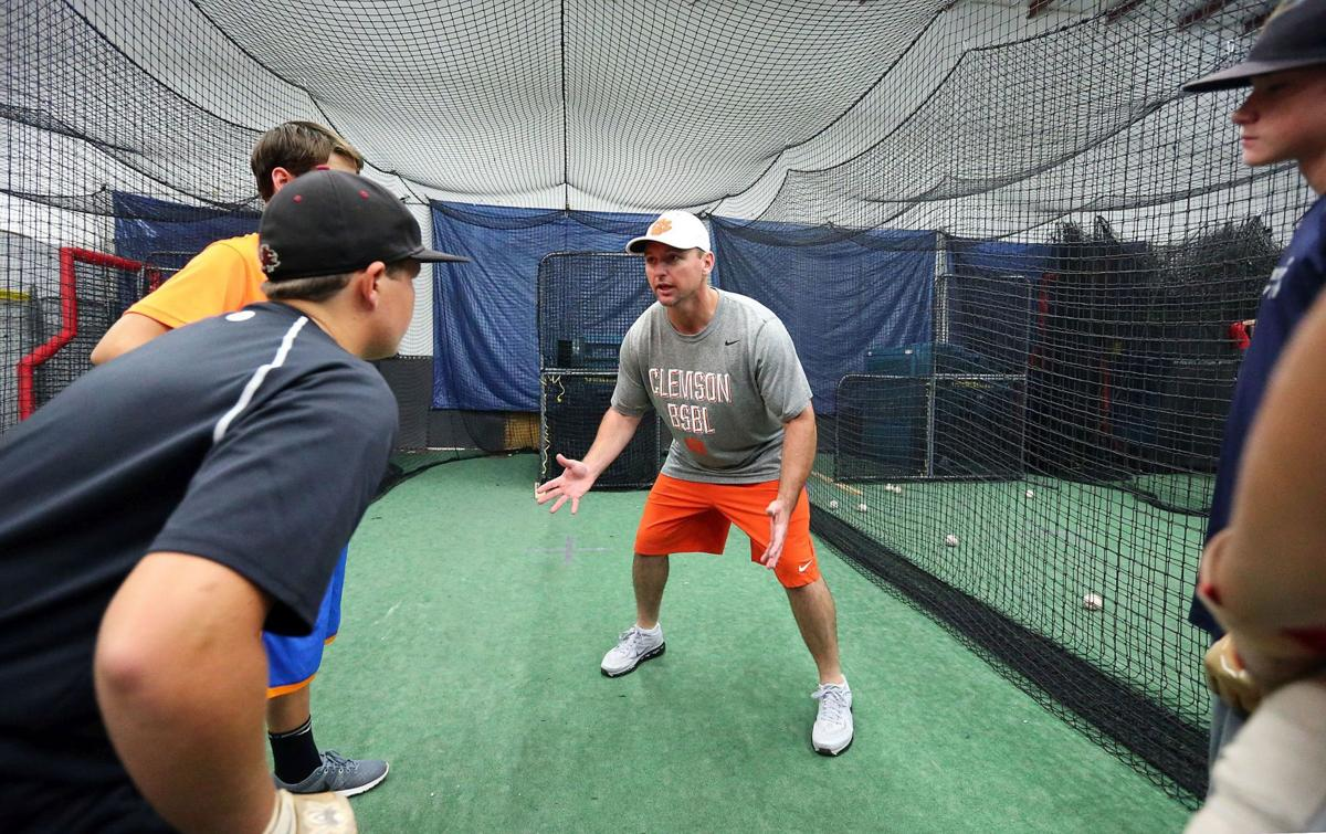 Lee changes recruiting approach in first year at Clemson
