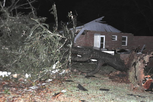 Weather officials confirm tornado hit western NC