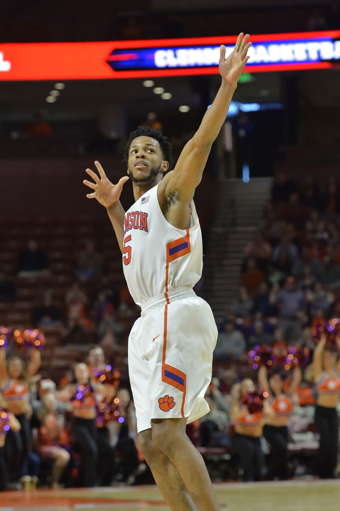 Clemson's Blossomgame breaks through after being plagued with injuries