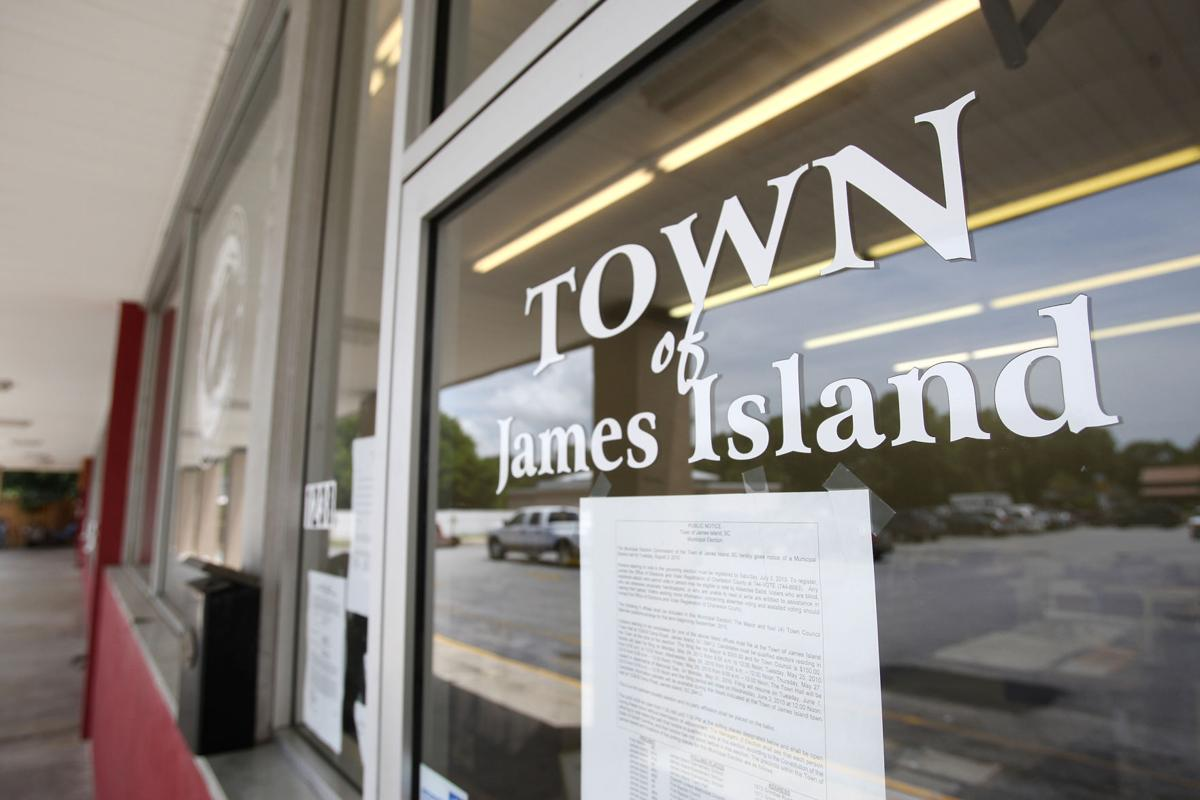 Old rivals Charleston, James Island may share new Town Hall