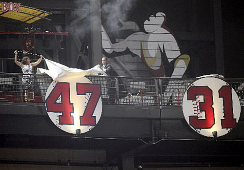 Glavine's No. 47 retired