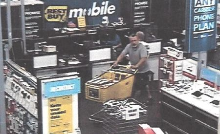 Charleston police release photo of man they say used stolen credit cards