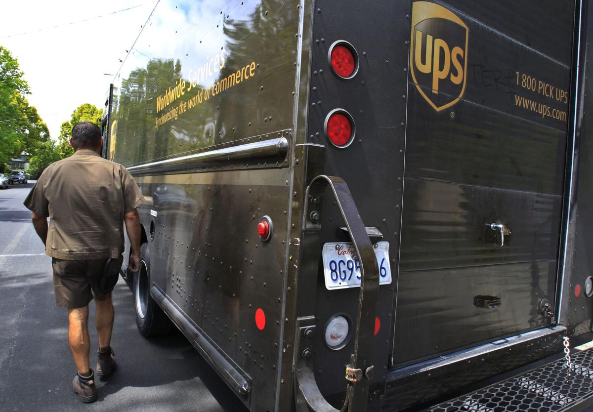 UPS sees delivery of 527 million holiday packages