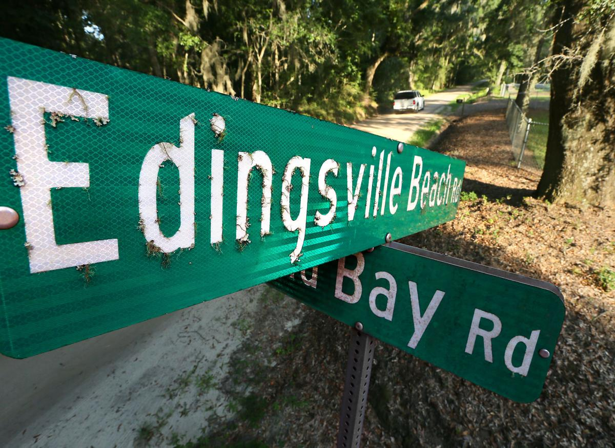road sign Edingsville Edisto.jpg
