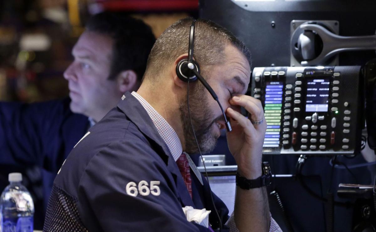 Dismal spending report hits stock market