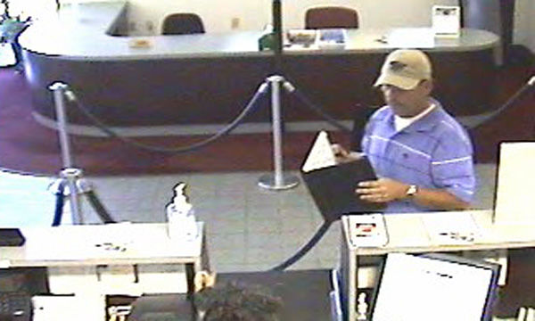 Bank branch robbed in North Charleston