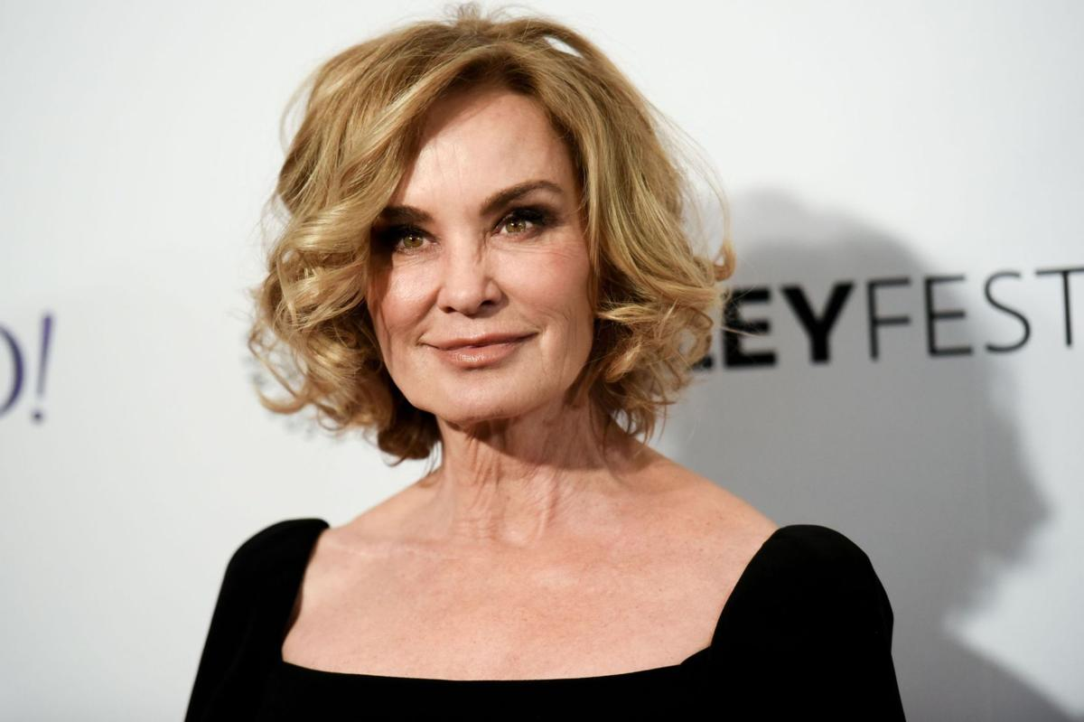 Lange to return to Broadway in 2016